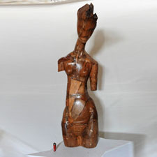 escultura-madera-u